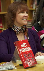 Best quotes by Janet Evanovich