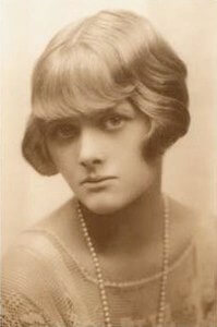 Best quotes by Daphne Du Maurier