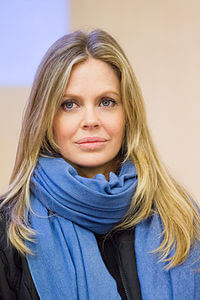 Best quotes by Kristin Bauer van Straten