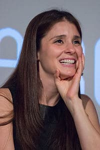 Best quotes by Shiri Appleby