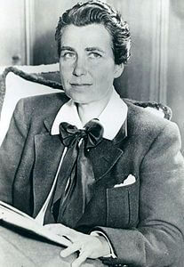 Best quotes by Dorothy Arzner
