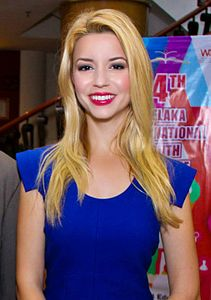 Best quotes by Masiela Lusha