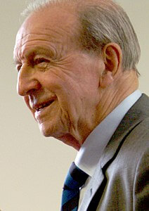 Best quotes by Jimmy Armfield