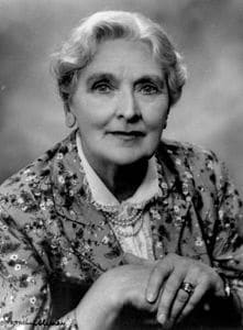 Best quotes by Sybil Thorndike