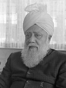 Best quotes by Mirza Nasir Ahmad