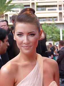 Best quotes by Jacqueline MacInnes Wood