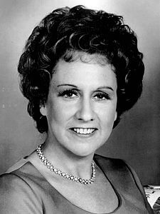 Best quotes by Jean Stapleton