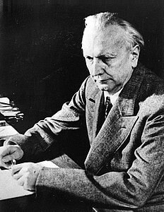 Best quotes by Karl Jaspers