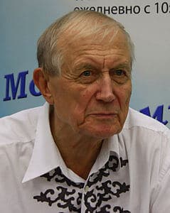 Best quotes by Yevgeny Yevtushenko