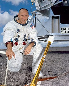 Best quotes by Alan Bean