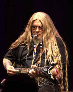 Best quotes by David Allan Coe