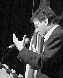 Best quotes by Mahmoud Darwish