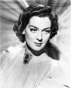 Best quotes by Rosalind Russell