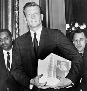 Best quotes by John Lindsay