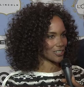 Best quotes by Mara Brock Akil