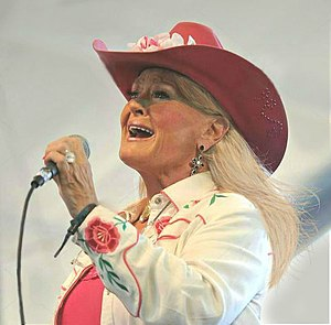 Best quotes by Lynn Anderson