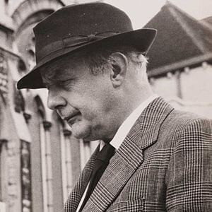 Best quotes by John Betjeman