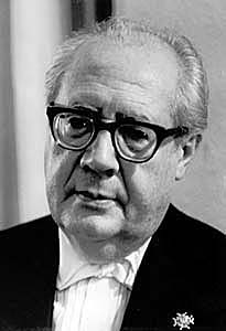 Best quotes by Andres Segovia