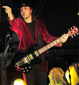 Best quotes by Daron Malakian