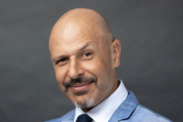 Best quotes by Maz Jobrani