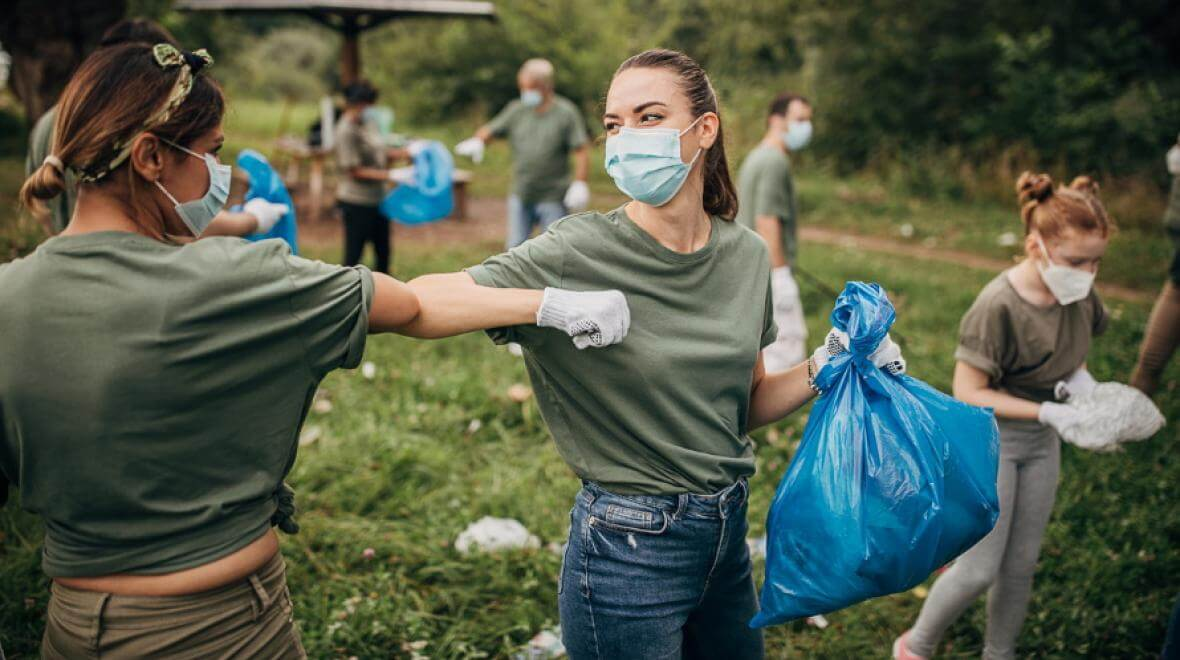 volunteering leads to a happier and longer life