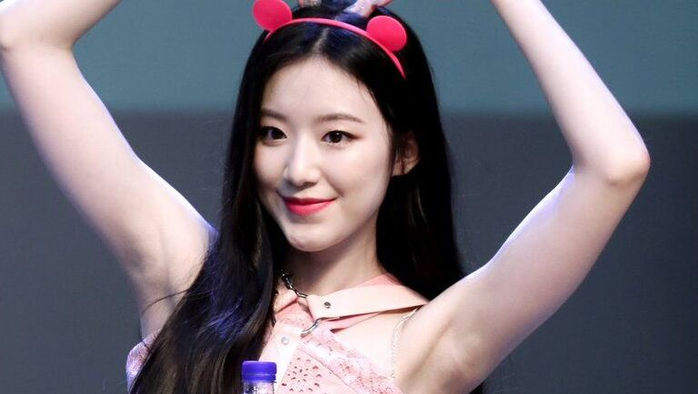 Most Korean people don't have armpit odor.